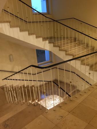 Ameron Hotel Königshof Bonn: Treppe