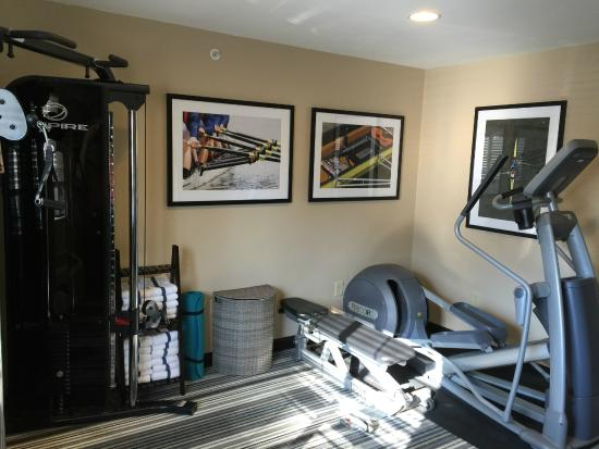 Candlewood Suites Newport News: Fitness Center