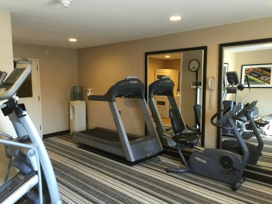 Candlewood Suites Newport News: Fitness Center 4