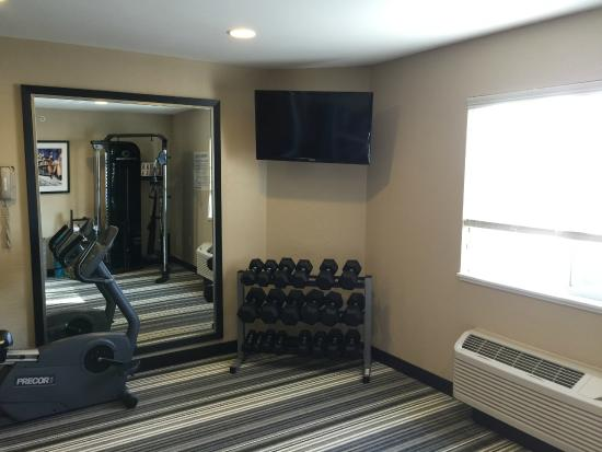 Candlewood Suites Newport News: Fitness Center 3