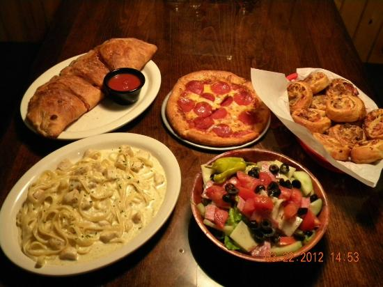 Italian restaurant pasta pizza picture of floridino 39 s for All about italian cuisine