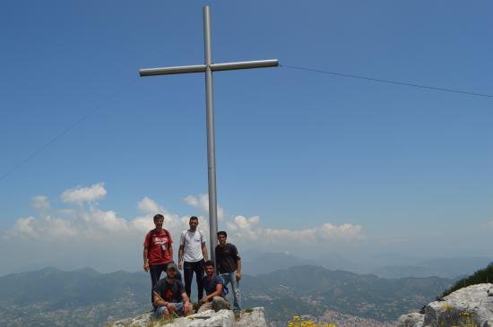 Tramonti, Italie : Croce