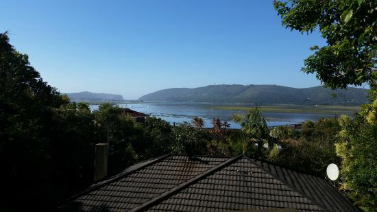 Protea Guest House: View of the lagoon from the deck