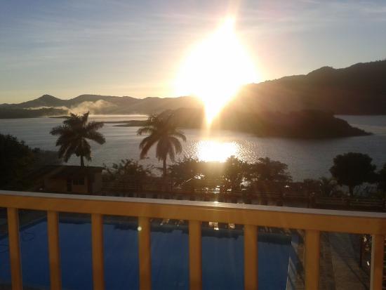 Hotel Islazul Hanabanilla: beautiful view from balcony