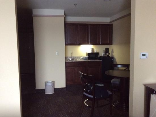 Holiday Inn Express Silver City: kitchen with eating area