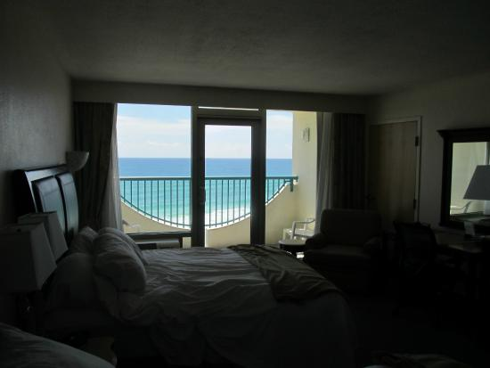 Holiday Inn Express Pensacola Beach: View of beautiful water from our room! Being beach front is worth it!