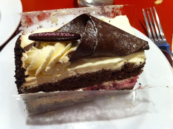 Black Forest Cake Recipe Joy Of Baking: Authentic Black Forest Cake Ideas And Designs