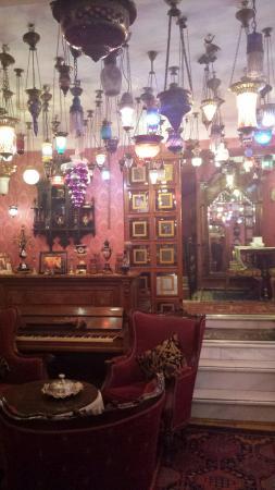 Kybele Hotel: Une petite bière dans un salon cosi ?
