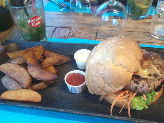 Le  Jungle beach : Le Burger du Surfeur