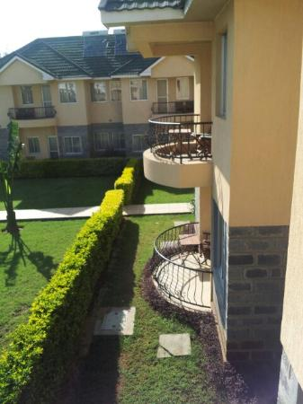 Longview Suites: Balcony