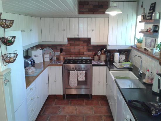 Backworth, UK: kitchen