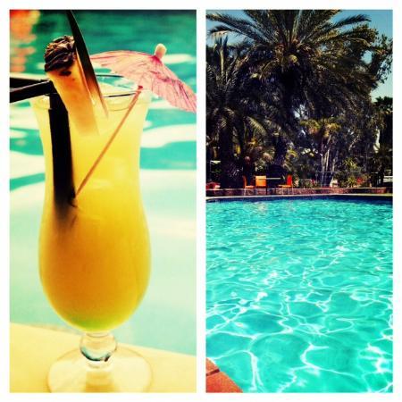 Chifley Alice Springs Resort: Cocktail Soolside