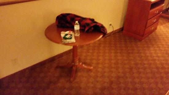 Holiday Inn Express Abilene : Table, no chairs