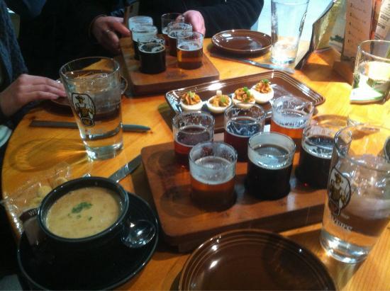 Otter Creek Brewing : Samplers
