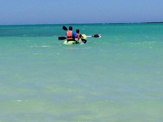 Galapagos Safari Camp: Beautiful kayaking
