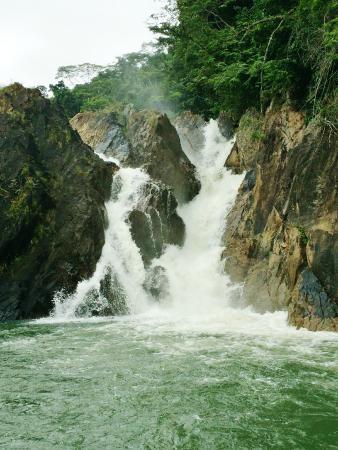 La Capitana Pontoon Boat - Tours: Waterfall