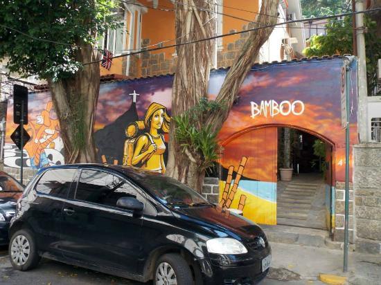 Bamboo Rio Hostel: Fachada do hostel