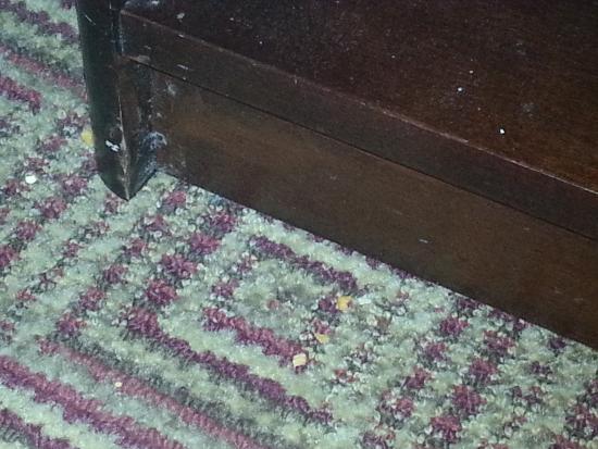 La Quinta Inn & Suites Columbia Jessup: Vacuum must be broken