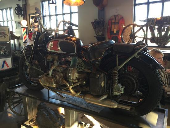 The Von Dutch Xavw Motorcycle Photo De Antique Archeology Le