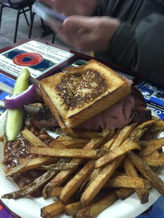 Fish's Bar-B-Que: Combo with substitutions