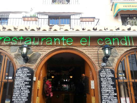 El Candil: Lovely decor