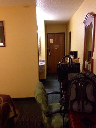 Super 8 Van Buren/Ft. Smith Area: Room Overview 1