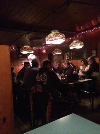 Owl Bar Cafe & Steakhouse: Great atmosphere