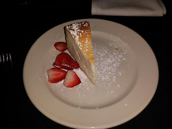 Ray's the Steaks: Cheesecake