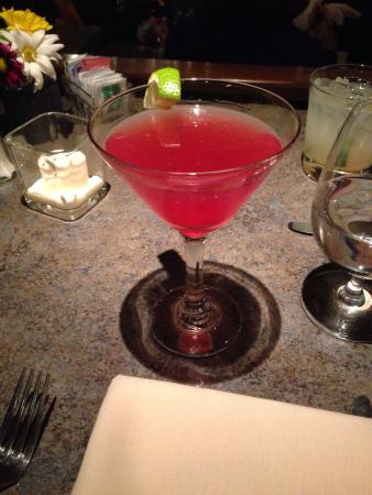 Harrison's Restaurant & Bar : Pomegranate martini