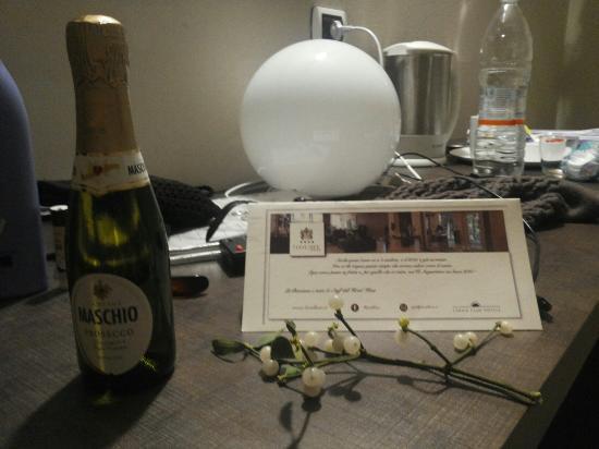 Hotel Kent: Pensierino dell'hotel quando torni dalla serata di capodanno :)