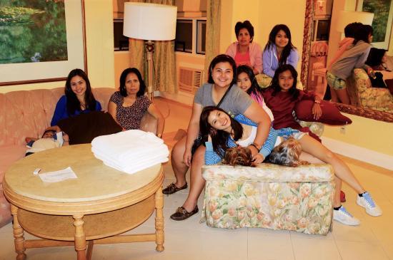 Clark Mimosa Montevista Villas: the living room in the villa