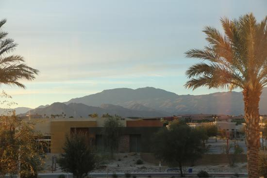 Hampton Inn & Suites Palm Desert: View from our room