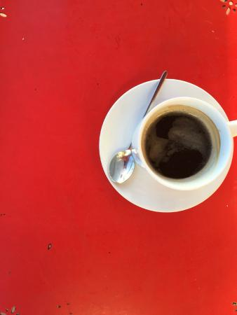 Cafe Atlantico: Coffee against the outside table