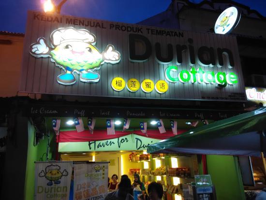 Durian Cottage : 110, Jalan Tokong, 75200 Malaka