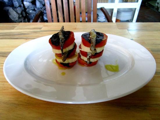 Olivia Restaurant: Salad Caprese