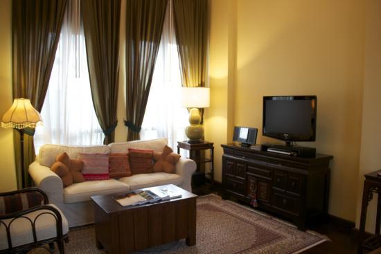 Baan Klang Wiang: Lounge area - Suite