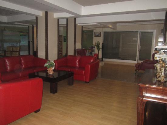 Dabaklar Hotel: Entrance
