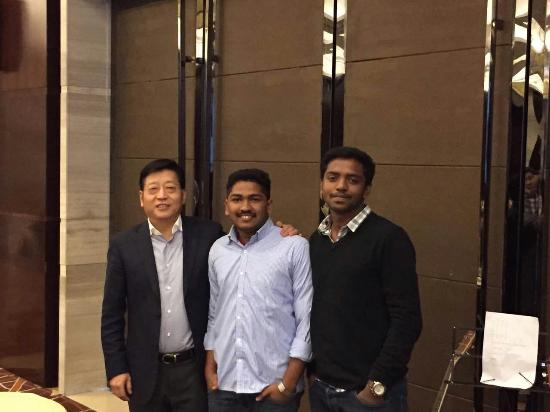 ZTE Hotel Xi'an : with our general manager Zhan Baopin and my friend Akhil Chandran