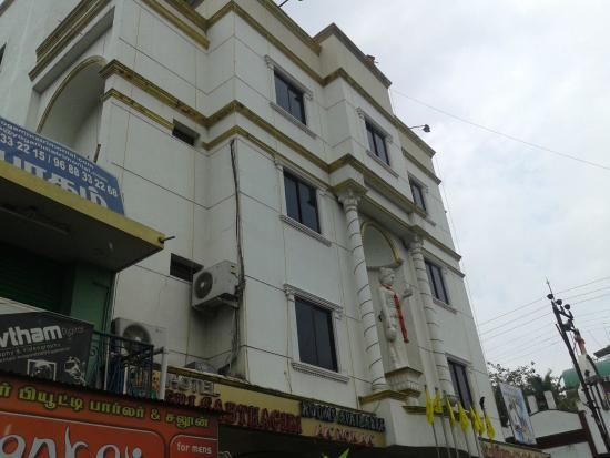 Sri Sabthagiri : Front