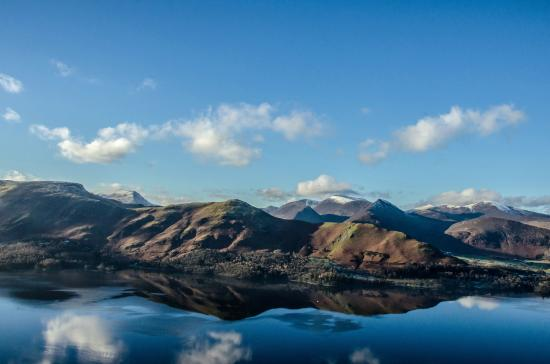 The Cottage in the Wood : Cat Bells from Walla Crag.