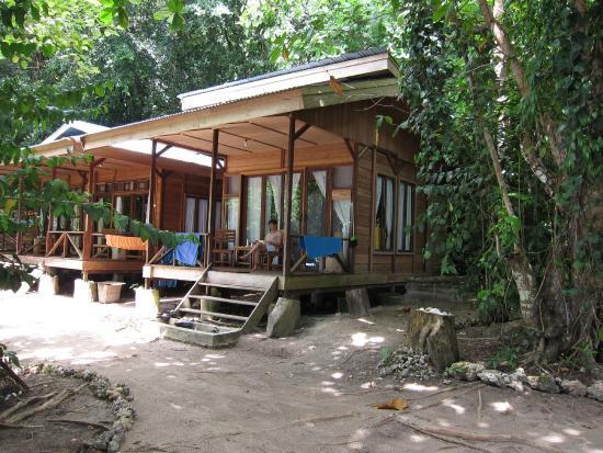 Raja Ampat Dive Resort: Bungalow individuel.