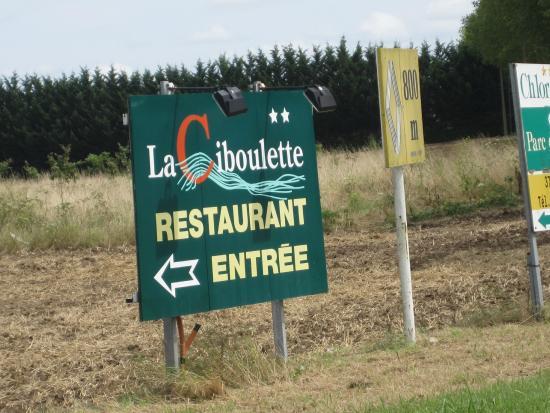 Noyant-de-Touraine, فرنسا: Entrée du restaurant