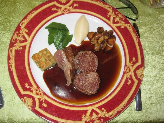 Noyant-de-Touraine, Francja: Plat viande
