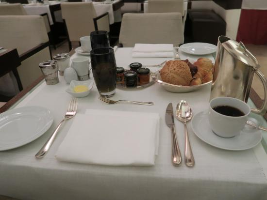 Sofitel Berlin Gendarmenmarkt: Excellent breakfast