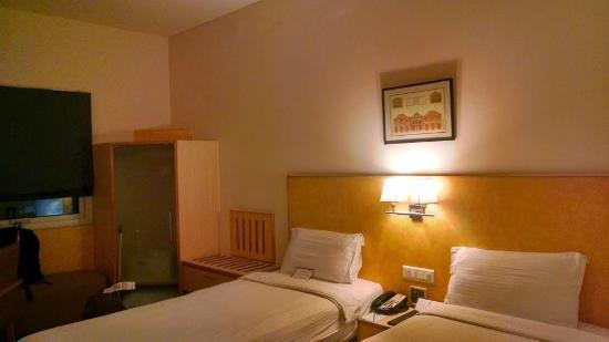 Radha Hometel: Room