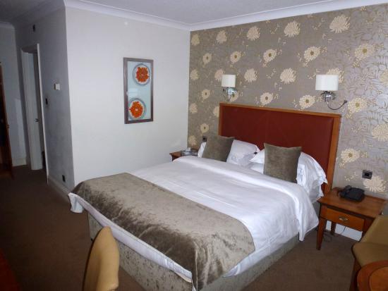 Hawkwell House Hotel: Room 305