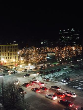 Courtyard by Marriott Omaha Downtown: View of Old Market from our room