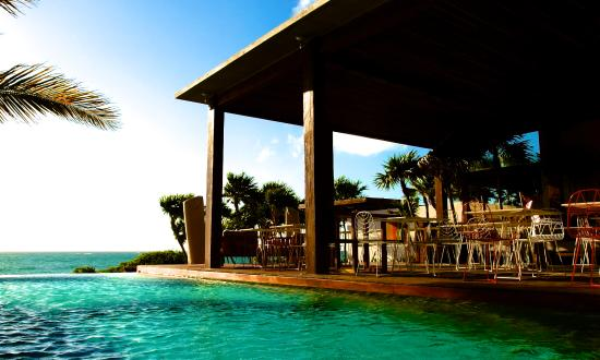 Mi Amor Colibri Boutique Hotel Pool Restaurant