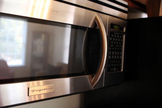 The Madison - San Antonio Riverwalk : Stainless kitchens