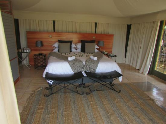 Simbavati Hilltop Lodge Main tent with bed : tent with bed - memphite.com